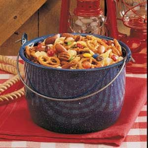 Happy Trails Snack Mix