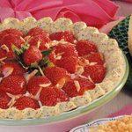Poppy Seed Strawberry Pie