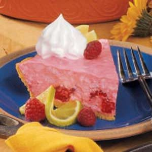 Creamy Raspberry Pie