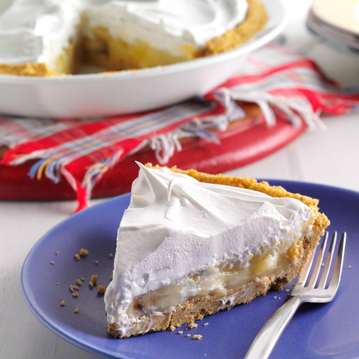 Banana-Pineapple Cream Pies