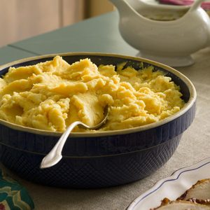 Mashed Potatoes with Cheddar