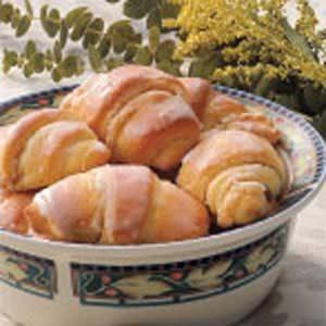 Almond Butterhorns