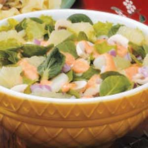 Greens 'n' Grapefruit Salad