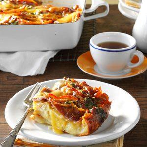 Prosciutto-Pesto Breakfast Strata