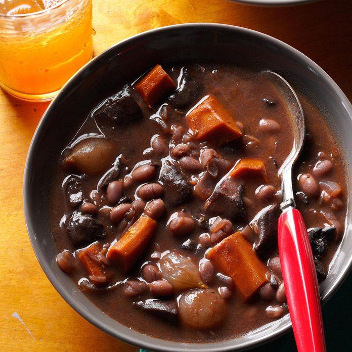 Day 25: Mushroom-Bean Bourguignon