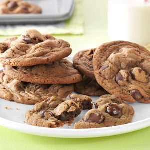 Coffeehouse Caramel-Dark Chocolate-Latte Cookie