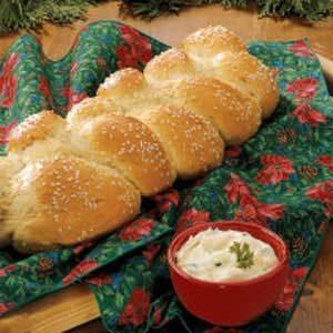 Sesame Onion Braid