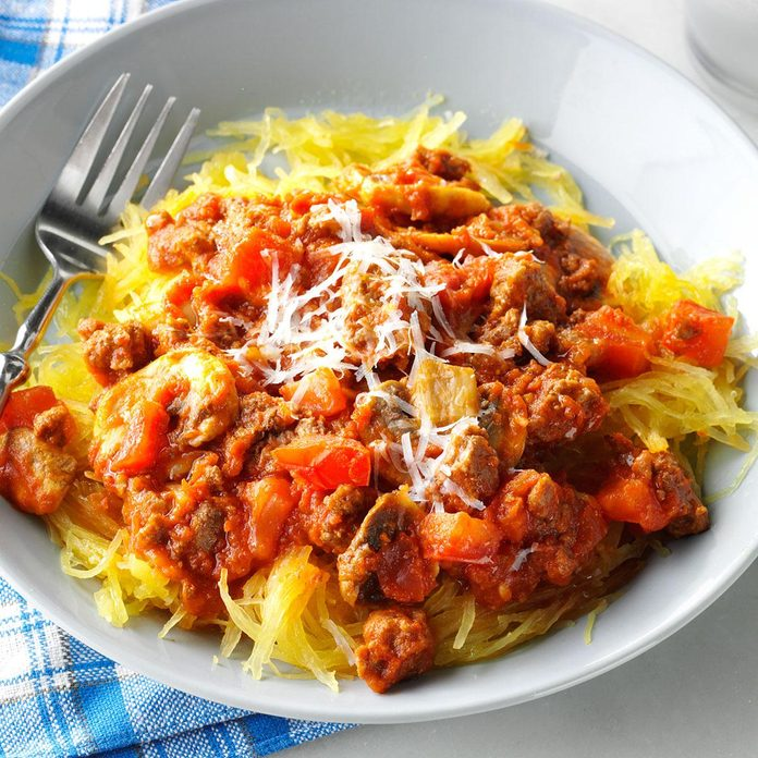 Day 26: Garlic Spaghetti Squash with Meat Sauce