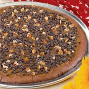 Caramel Brownie Pizza