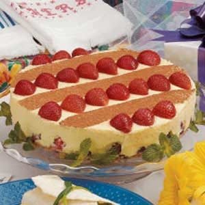 White Chocolate Strawberry Torte
