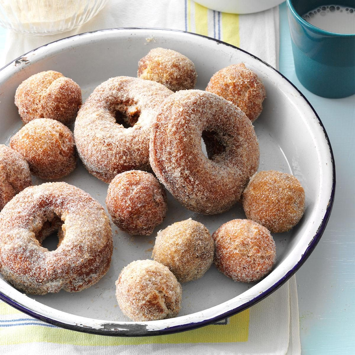 Wisconsin: Apple Cider Doughnuts