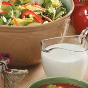 Cucumber Buttermilk Salad Dressing