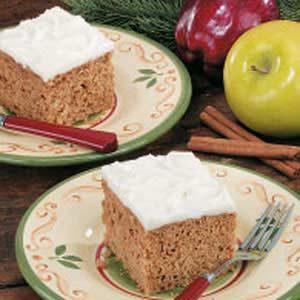 Applesauce Oat Cake