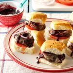 Sliders with Spicy Berry Sauce