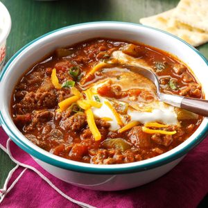 Hearty Slow-Cooker Chili