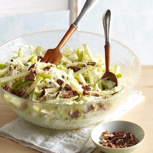 Apple Maple Pecan Salad