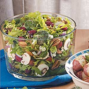 Favorite Raspberry Tossed Salad