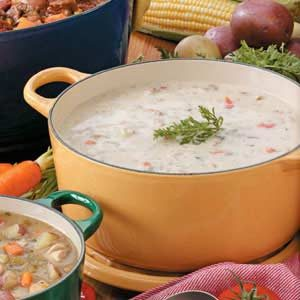 Hearty Garlic Potato Soup