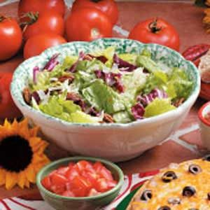 Pecan Tossed Salad