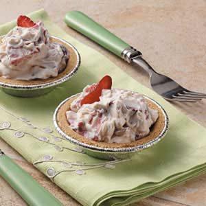 Strawberries 'n' Cream Tarts