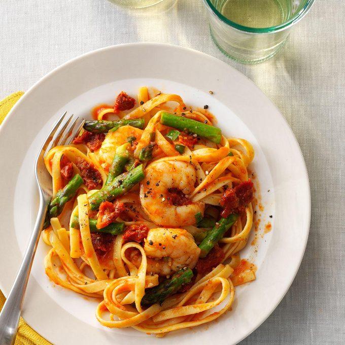 Mediterranean Shrimp 'n' Pasta