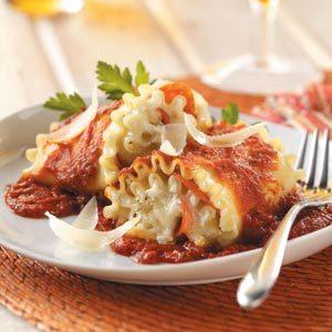 Pepperoni Lasagna Roll-Ups
