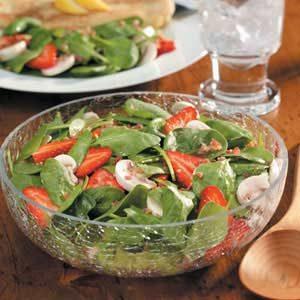 Strawberry Mushroom Spinach Salad