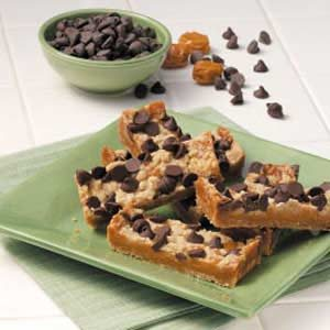 Chocolate Chip Caramel Bars