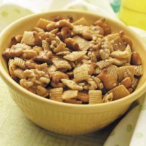 Maple-Nut Snack Mix