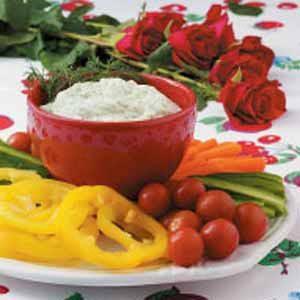 Creamy Dill Dip with Veggies