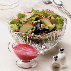 Apple-Walnut Tossed Salad