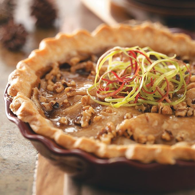 Caramel Apple Walnut Pie