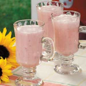 Creamy Strawberry Punch