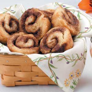 Homemade Jiffy Cinnamon Rolls