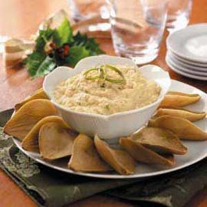 Creamy Crab with Artichoke Dippers