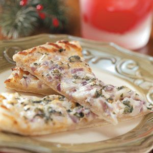 Garlic-Onion Pizza Wedges