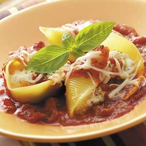 Veggie-Cheese Stuffed Shells