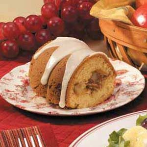 Pear-Filled Tube Cake
