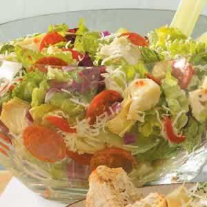 Artichoke-Pepperoni Tossed Salad