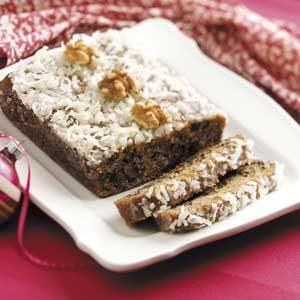 Sugarplum Pudding Cake