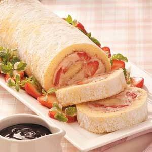 Strawberry-Mallow Cake Roll