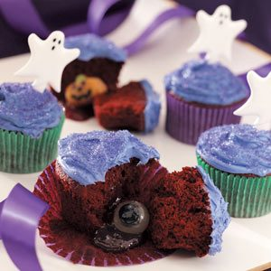 Buried Surprise Cupcakes