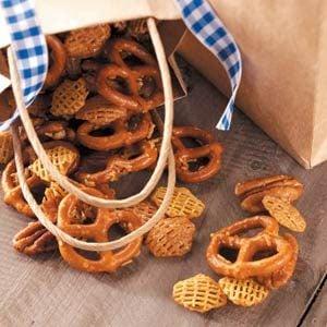 Sweet Honey-Glazed Snack Mix