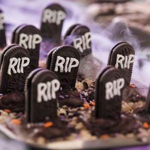 Ghostly Graveyard