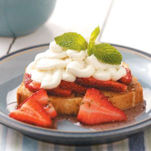 Lemon-Mint Pound Cake with Strawberries
