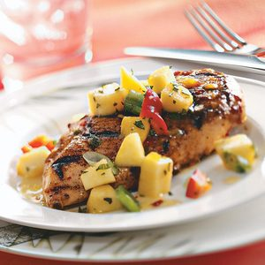 Spicy Chicken Breasts with Pepper Peach Relish