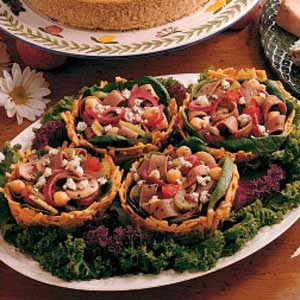 Warm Beef Salad in Potato Baskets