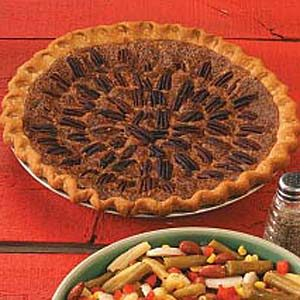 Pecan-Topped Pie