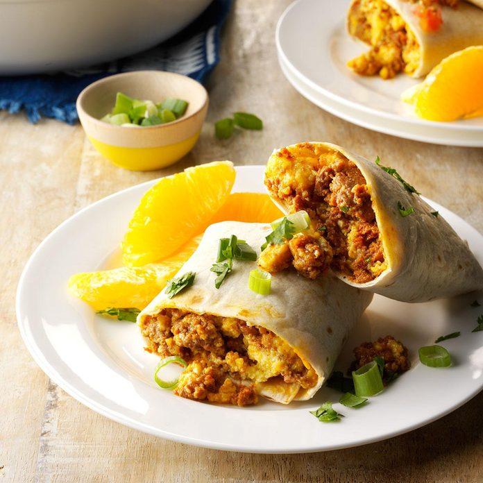Wednesday Breakfast: Eggs & Chorizo Wraps