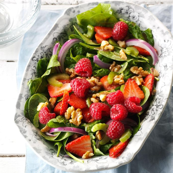 Green Salad with Berries